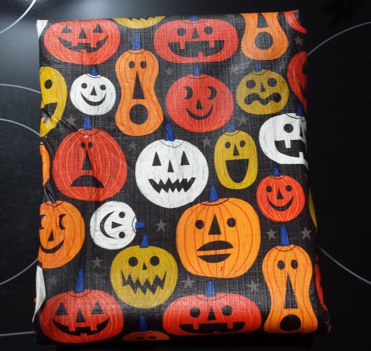 New Halloween Tablecloth 2017-10-18 07.07.49